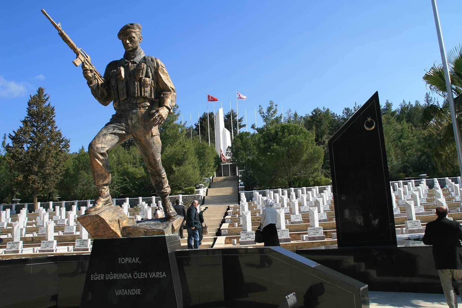 bogaz sehitligi Kıbrısta Savaş Anıtları ve Şehitlikler Nerededir?